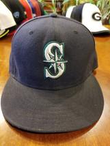 Seattle Mariners Black Fitted Baseball Cap Hat New Era Size 7 3/8 - $17.99