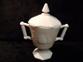 Jeannette Glass Shell Pink Milk Glass Sugar Bowl w/Lid Baltimore Pear - $19.80