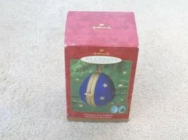 2000 Christmas Tree Surprise Hallmark Ornament Decoration Des Fetes-FREE SHIP! - $9.87