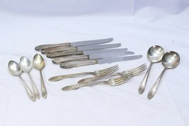 Wm A Rogers A1 Plus Oneida Silverplate Lot of 13 Spoons Forks Knives - $39.19