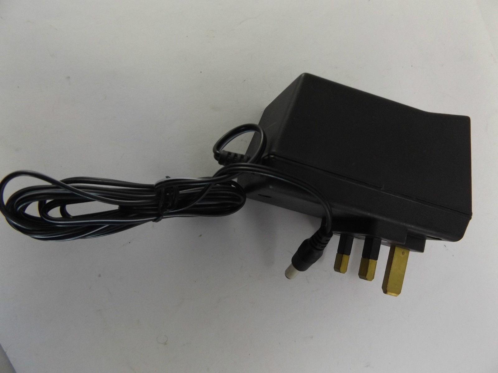 Power Plus Adapter PBUK993 Input 230V 50Hz 100mA Output 9V 400mA