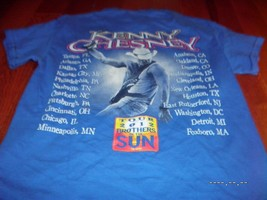 Kenny Chesney Brothers Of The Sun 2012 Tour Country T-shirt sz Small BLU... - $8.79