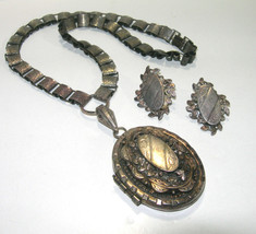 VINTAGE LARGE HEAVY BOOK CHAIN BOOKCHAIN ORNATE PHOTO LOCKET NECKLACE PE... - $350.00