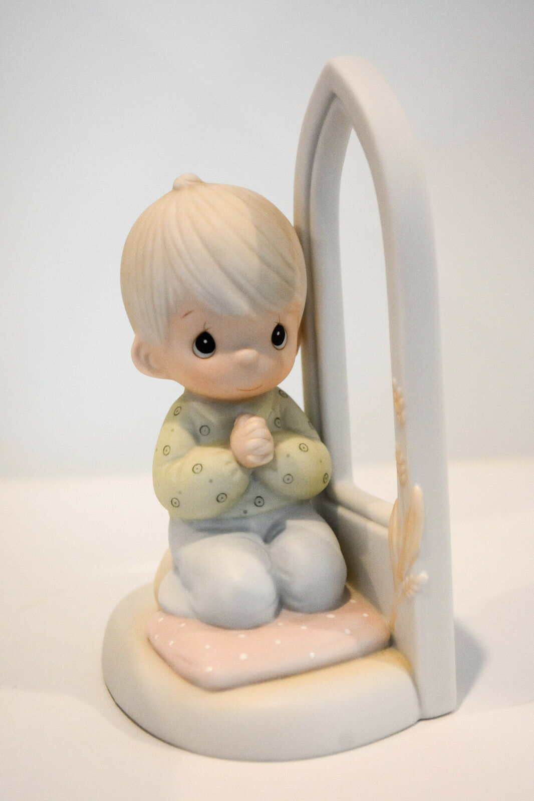 Primary image for Precious Moments  Worship The Lord   Boy  102229   Boy Kneeling in Prayer
