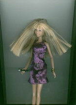 Hannah Montana fashion doll Disney - $6.00