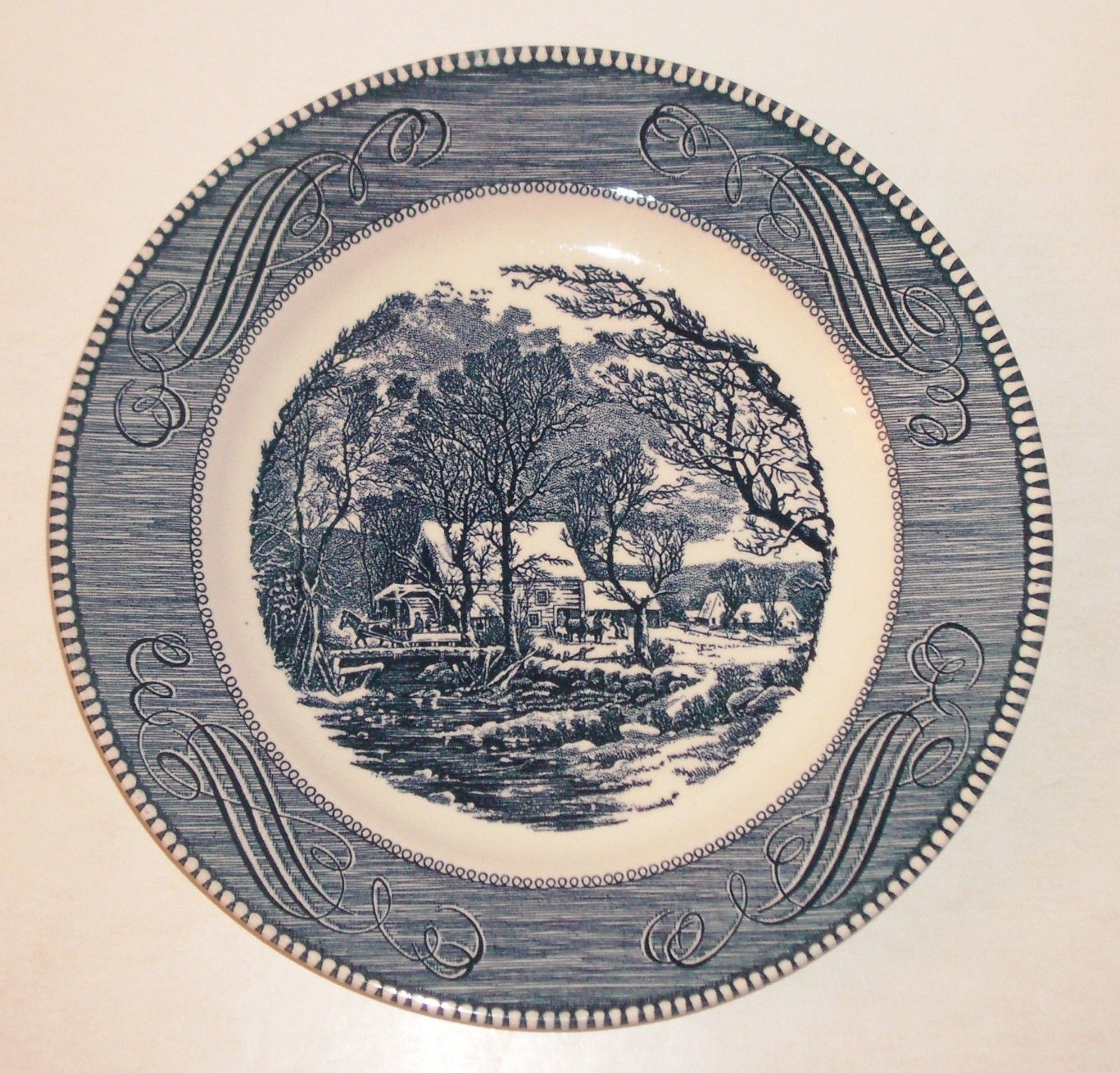 """Vintage 10"""" Plate CURRIER and IVES """"The Old Grist Mill"""" by Royal USA Mint"""