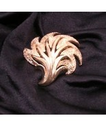 Trifari Goldtone Leaf Pin Brooch Vintage - $33.81