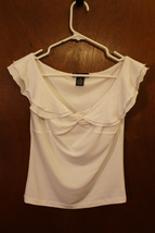 Coolwear White Top - Size Juniors Medium - $8.99