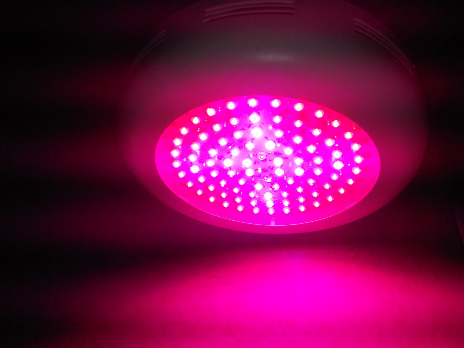 Ufo Grow Lights – Billy Knight