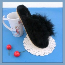 Soft Fuzzy Black Ostrich Feather Sheepskin Thong Slippers image 2