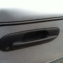 1997-2001 Honda CRV Door Handle Passenger/Right Front Outer Black - $33.65
