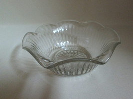 Glass Candy Nut Bowl Dish Scallop Rim Line Side... - $9.95