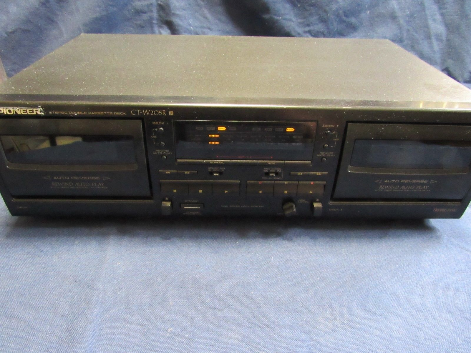 Pioneer CT-W205R Dual-Well Auto-Reverse Cassette Deck Dolby B/C (Black)