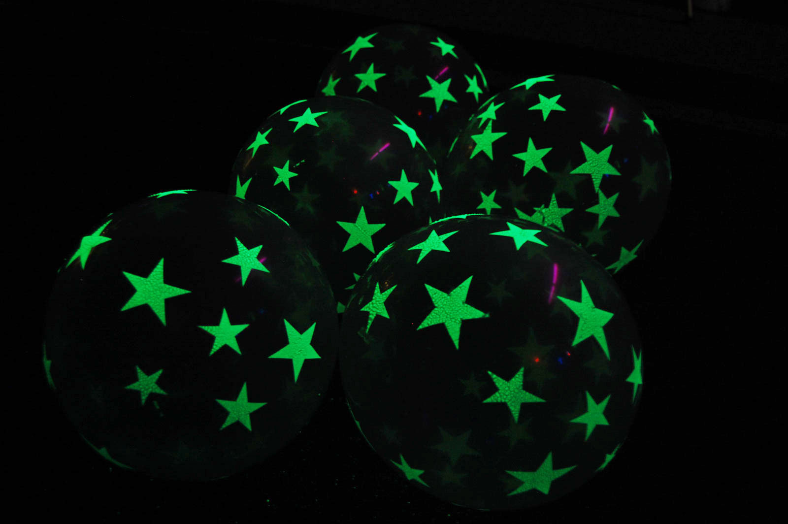 11 inch Glow in the Dark Stars Latex Balloons-  10 pack