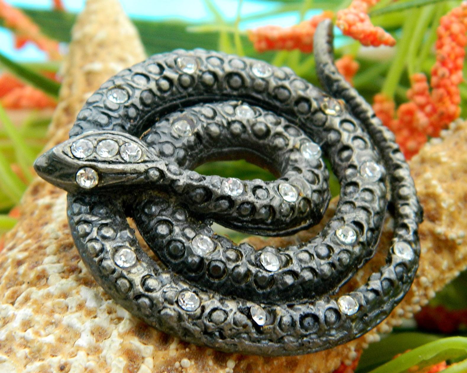 Vintage coiled snake brooch pin figural rattlesnake rhinestones