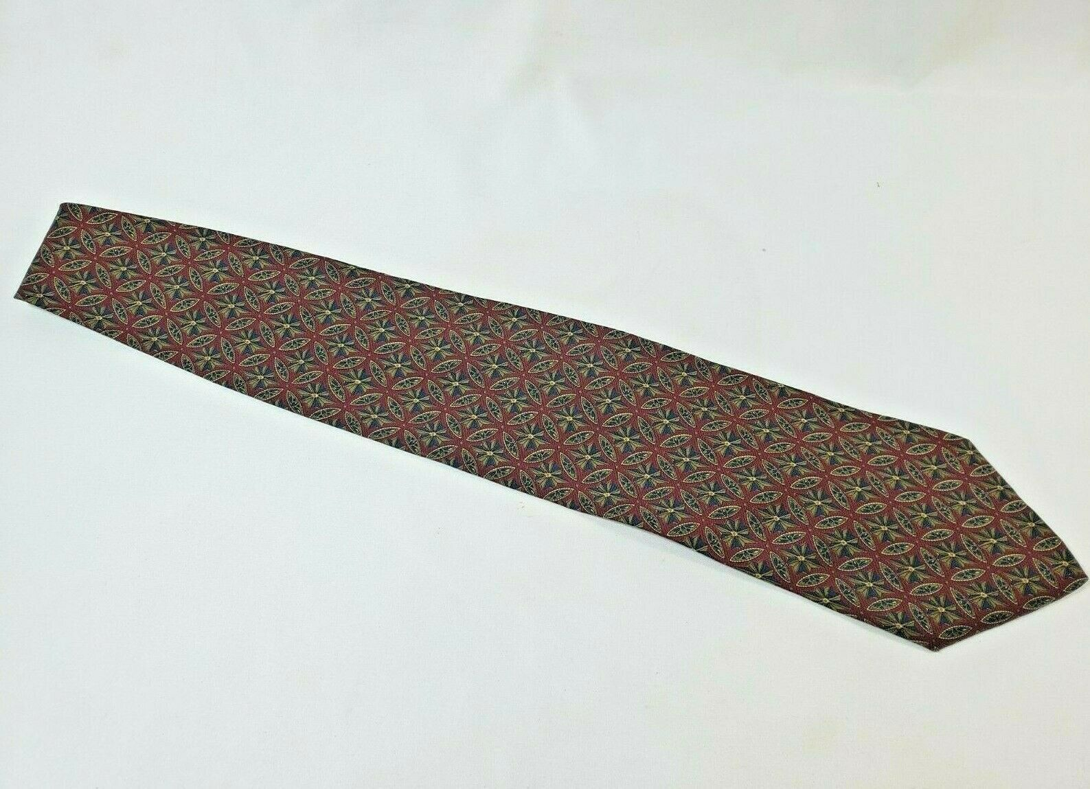 Calvin Klein SILK Burgundy Men's One Size Paisley Pattern Neck Tie - Made in USA - $12.61