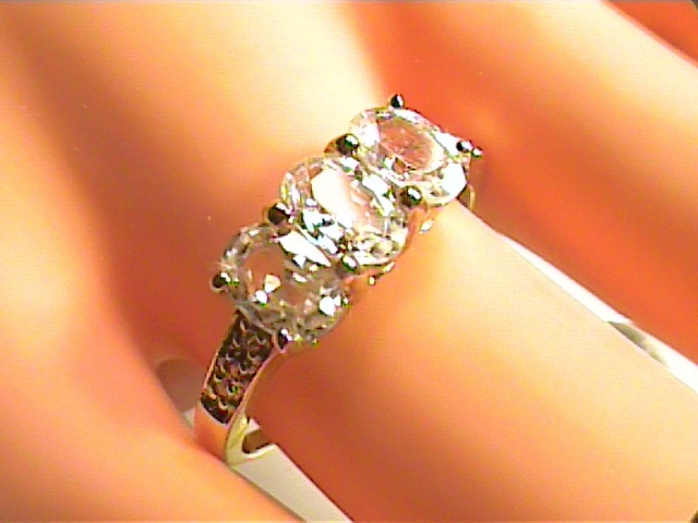 Solid 9k 375 yellow GOLD Ring 9.75 Natural white Sapphire wedding engagement
