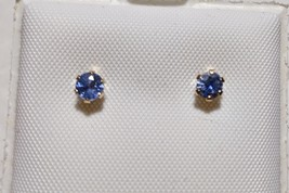 Sparkling 14k Yellow Gold Cornflower Blue Sapphire Earrings 3.5mm - $24.74
