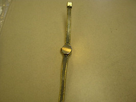 Vintage Hamilton 14 K R&P Bezel Stainless Steel Backgold  Lady's Wrist Watch - $29.69