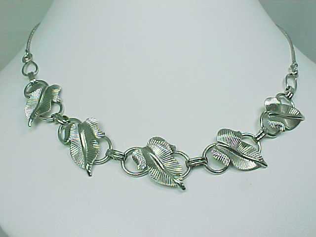 Primary image for VAN DELL STERLING 17 inch NECKLACE with 5 Large Textured Leaves - STUNNING