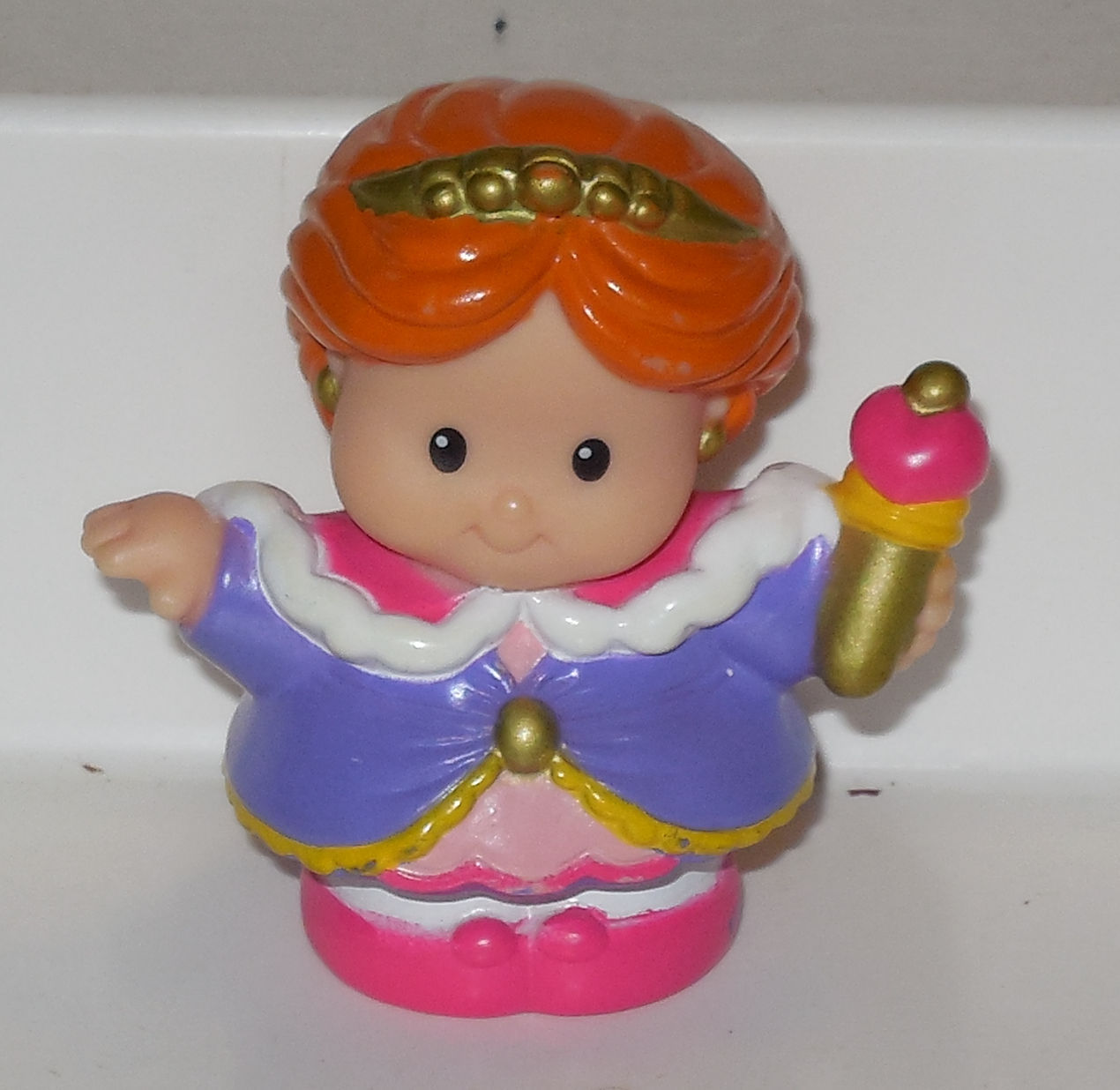 Fisher Price Current Little People Queen FPLP Rare VHTF