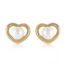 14k. Solid Yellow Gold Heartstud Earrings With Natural Pearls - $315.26