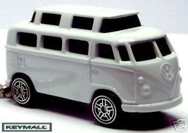 KEY CHAIN WHITE VW CAMPER WESTFALIA VOLSKWAGEN VAN NEW PORTE CLE BLANCHE... - $29.95
