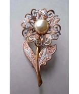 "Vintage Damascene SIGNED  ""Spain"" Faux Pearl Flower Brooch / Pin Peach - $18.57"
