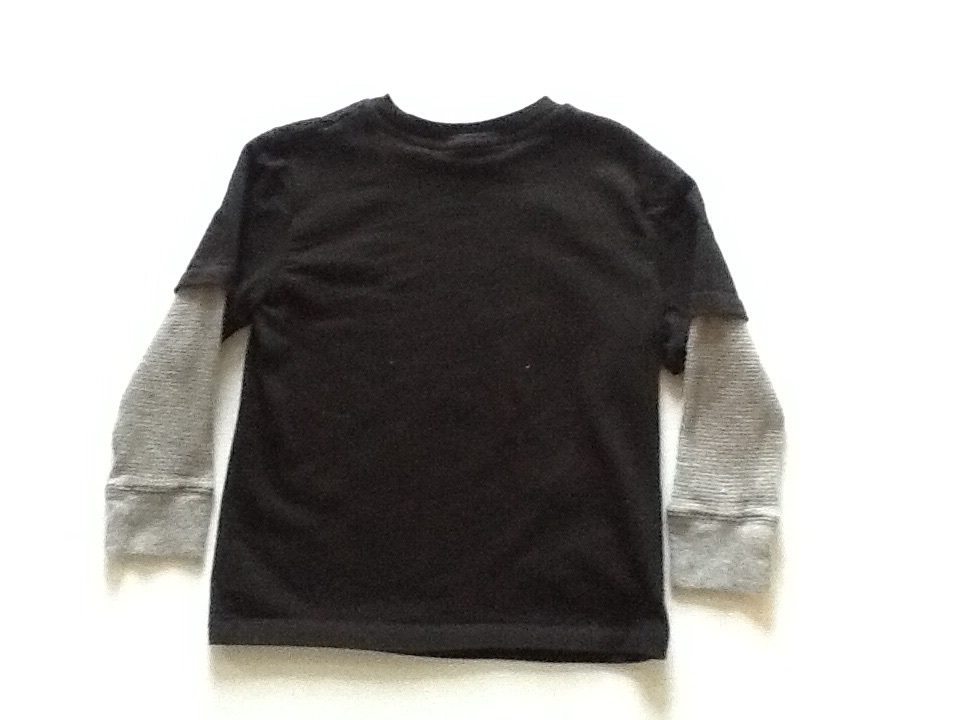 Gap boys long sleeve t-shirt