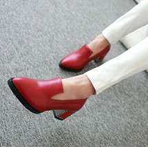 58449 Extra small/large European style retro pointed pumps,  SA size 31-47, red - $48.80