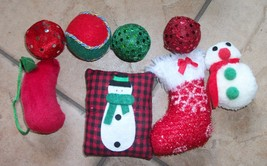 christmas catnip toys 8 total new in box - $7.25