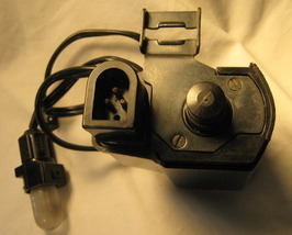 Singer 6105 Free Arm Sewing Machine Motor w/ Switch & Light - $18.00