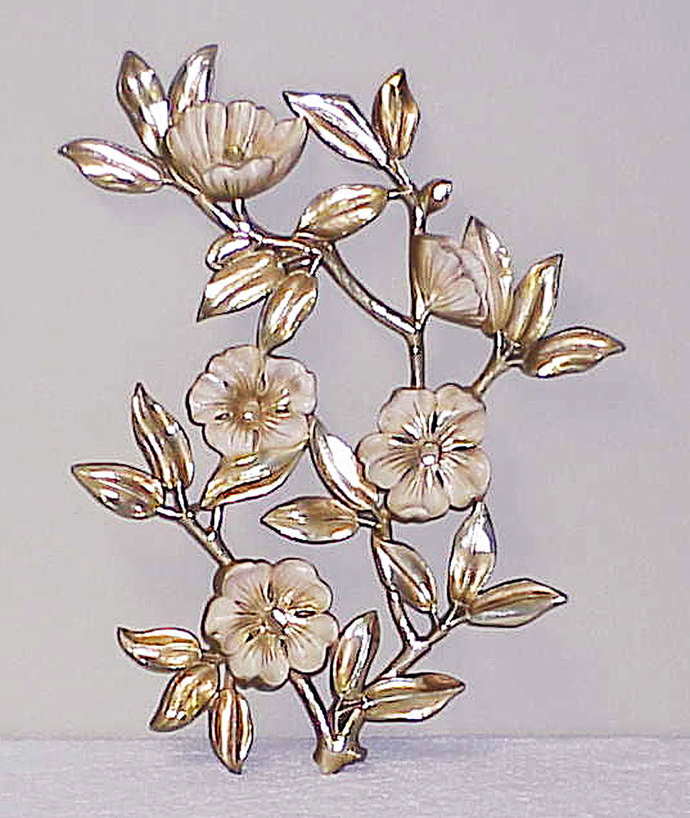 "Vintage 19"" FLORAL Syroco Wall Hanging Gold & White"