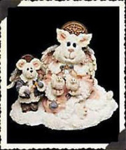 "Boyds Purrstone ""Felicia Angelpuss & George..Peace on Earth""~ Style #371... - $14.99"