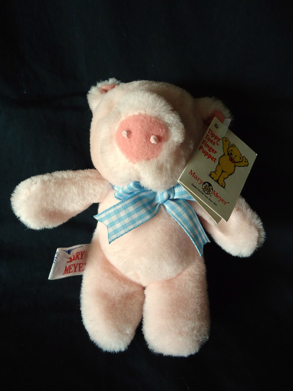 Mary Meyer Tippy Toes Finger Puppet Pig Plush Stuffed Animal Blue Gingham Bow