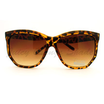 Womens Sunglasses Super Chic & Stylish Unique Angled Frame - $8.95