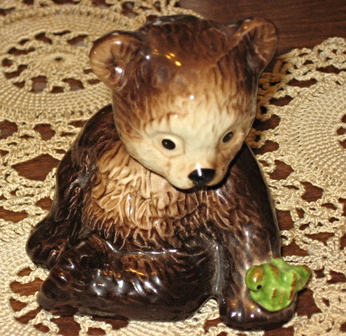 VTG Goebel - Seated Bear Cub with Frog- #36606 -W. Germany-1979