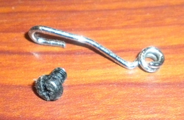 Singer Lockstitch 14U34 Left Looper Holder Thread Guide #410456 w/Mounti... - $8.00