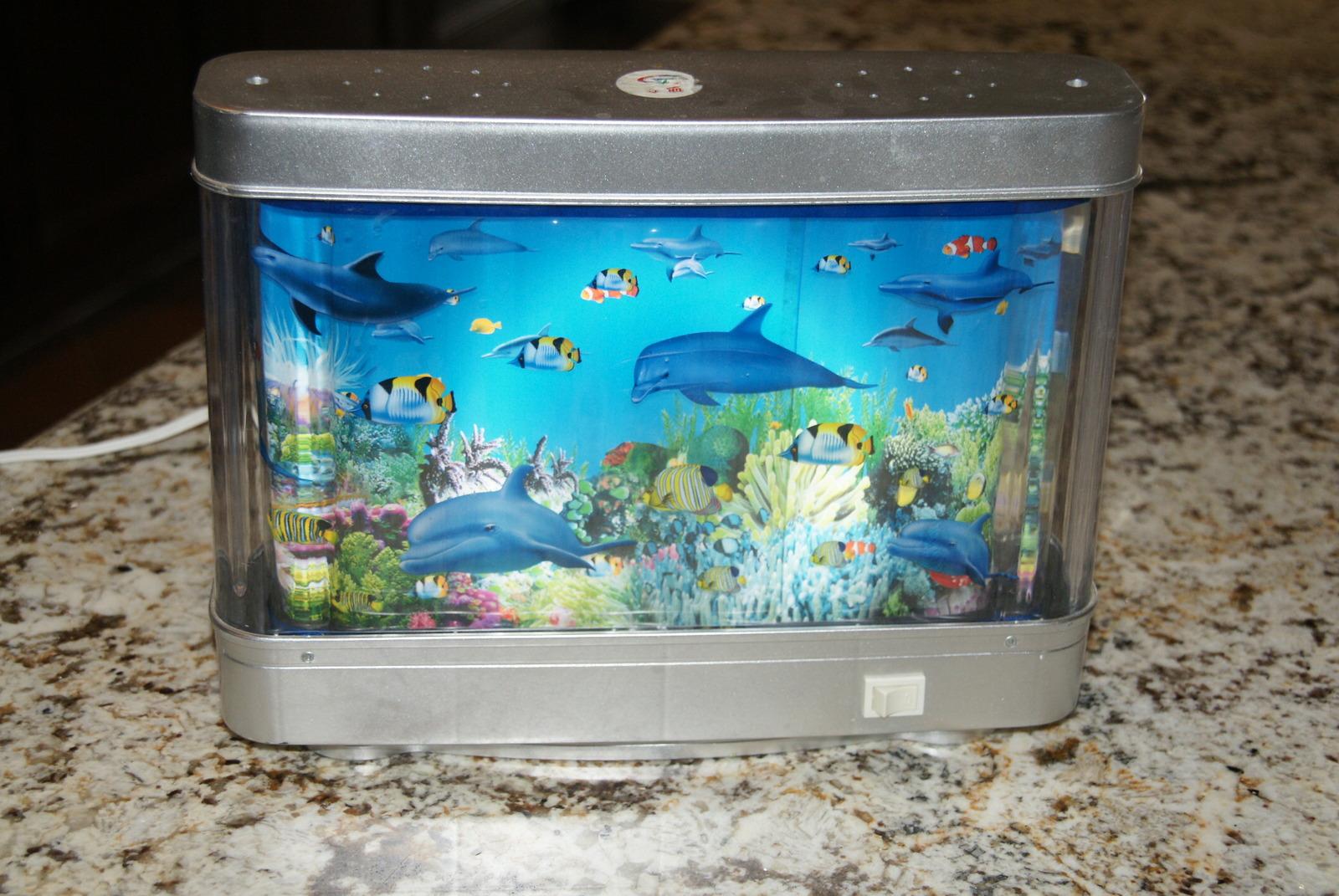 Aquarium lamp with fish ocean in motion revolving for Fish lamp aquarium