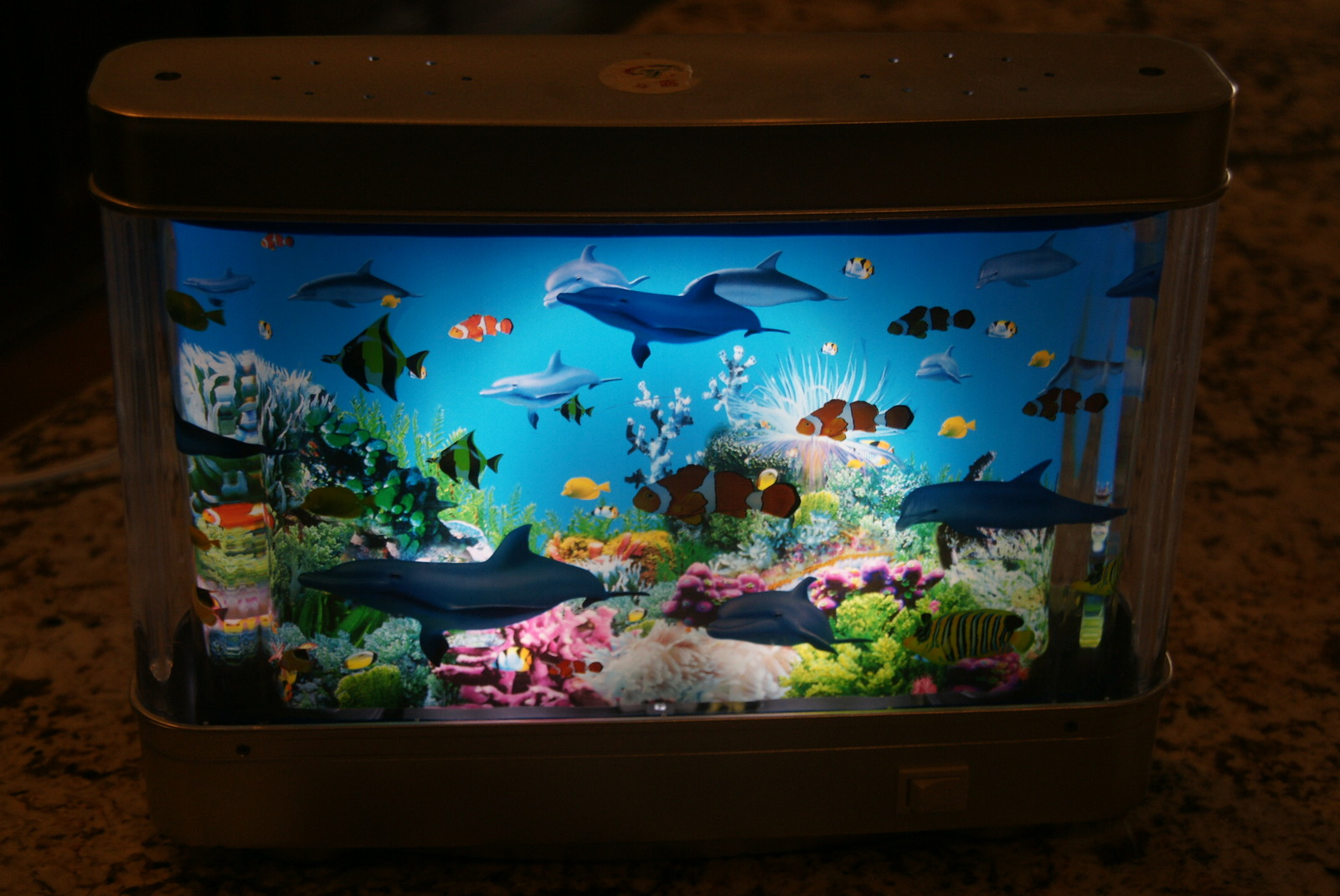 Aquarium Lamp With Fish Ocean In Motion Revolving