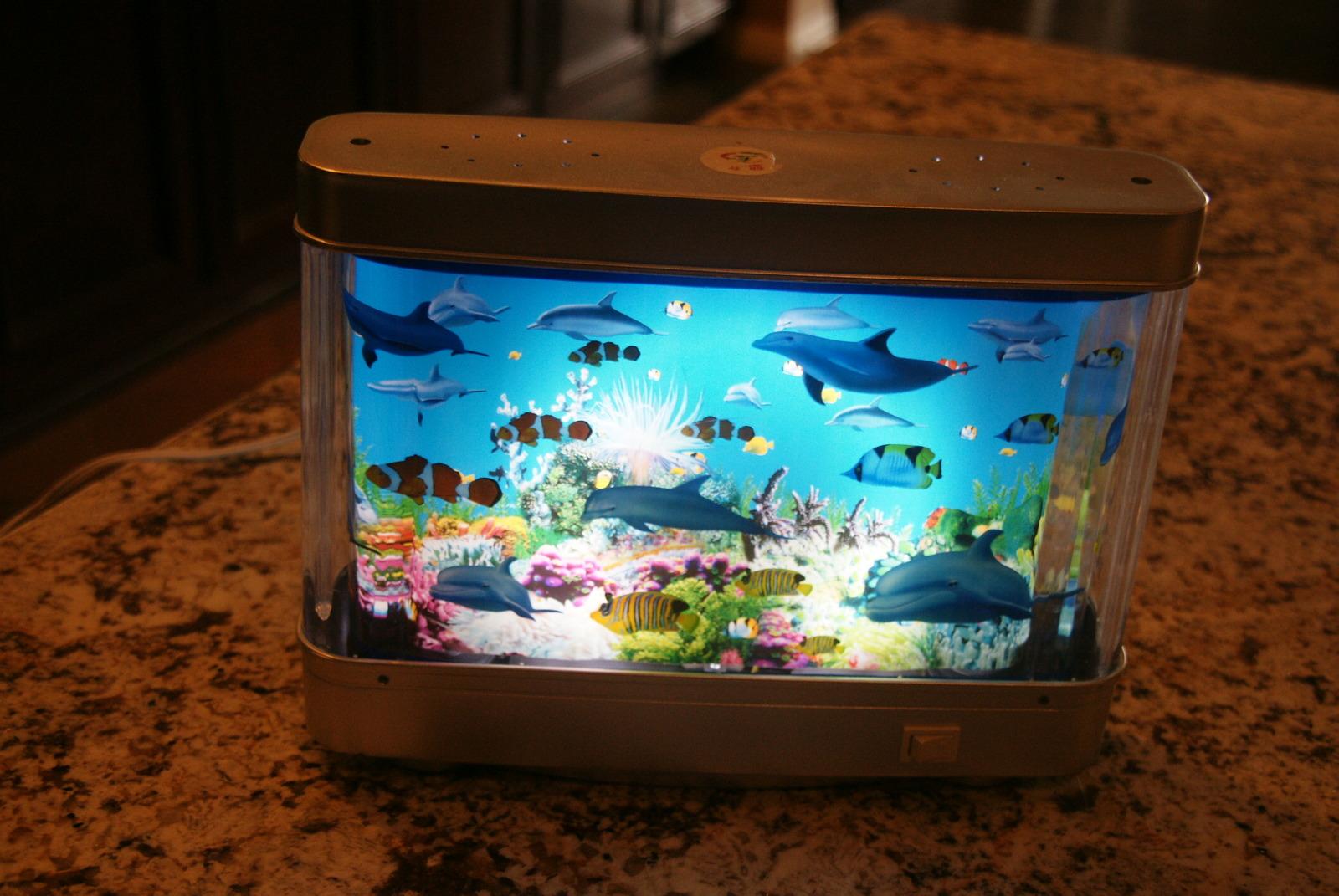 Aquarium lamp with fish ocean in motion revolving for Fish tank lamp