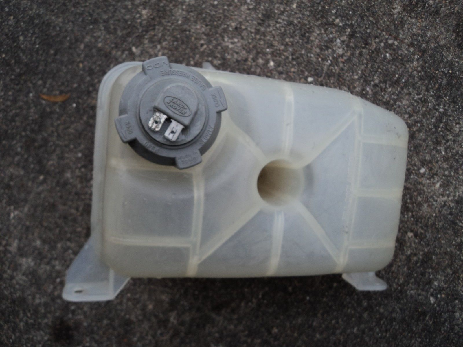 Land Rover Range Classic Radiator And Similar Items Coolant Reservoir Tank