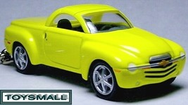 KEY CHAIN 2007/2008/2009 YELLOW CHEVY SSR KEYRING RING - $39.95