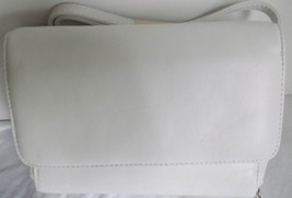 Perfect Small Shoulder Bag in White Leather Essentials by Rolfe with Or... - $25.00