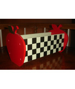 Cute Black & White Checkered Wood Planter Box with Red Apple Ends Folk Art - €8,36 EUR