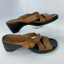 Clarks Sandals Women's 7M Brown 33746 Heeled Slip Ons - $18.46