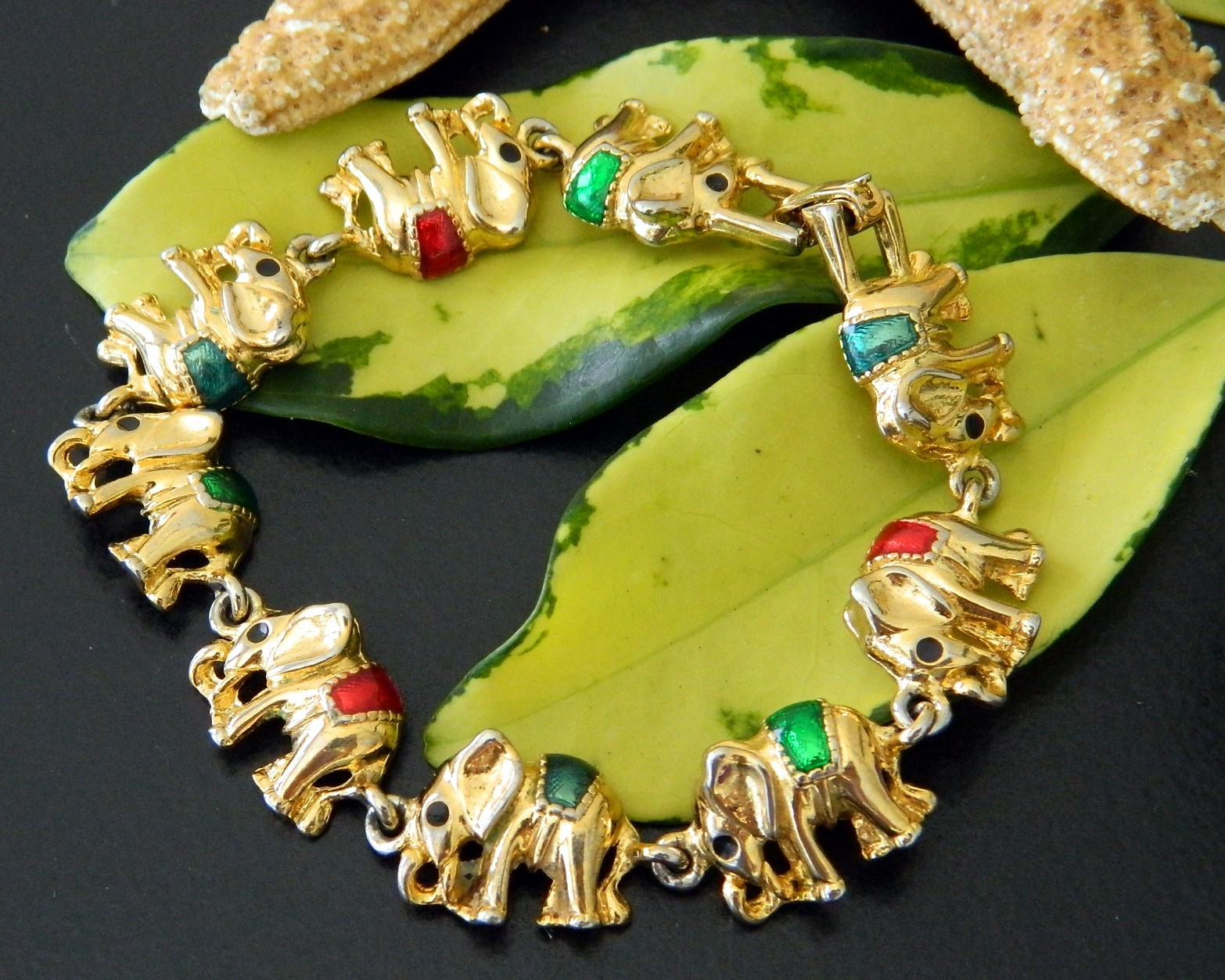 Primary image for Vintage Elephants Links Bracelet Gold Tone Enamel Figural Circus