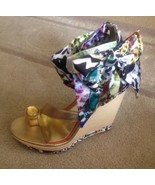 Womens Scarf Print Wedge Sandals By Falchi Size 9 New - $29.69
