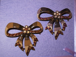 Vintage style brooch pin bow shape feature with rhinestones 2 colors to ... - $18.00