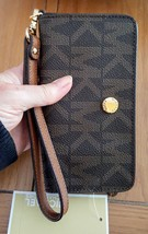 Michael Kors Signature Jet Set Travel Slim Tech Wristlet Phone NWT - £62.89 GBP